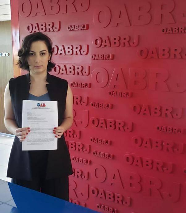 Amanda Magalhães foi a responsável pela apresentação da proposta