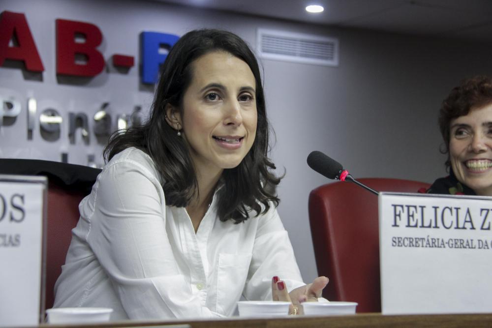 Felícia Zuardi / Foto: Lula Aparício