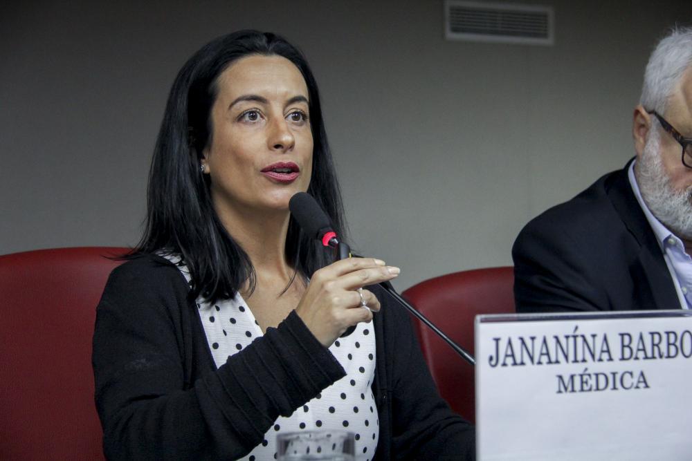 Janaína Barboza / Foto: Bruno Marins