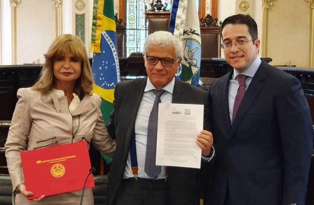 Rita Cortez, Manoel Messias Peixinho e Fábio Nogueira / Foto: Divulgação IAB